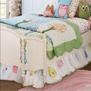 "Pottery barn kids ""Brooke"" bed skirt"